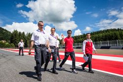 Mike Rockenfeller, 菲尼克斯奥迪运动车队,奥迪 RS 5 DTM,和车队一起走赛道