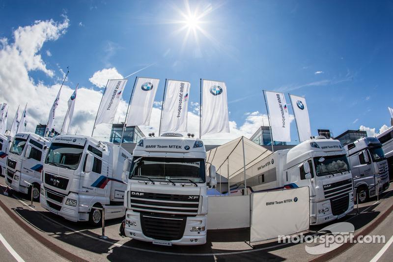 Los camiones del BMW Team MTEK
