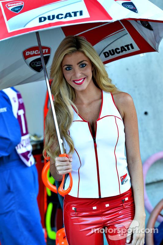 Meninas da Ducati