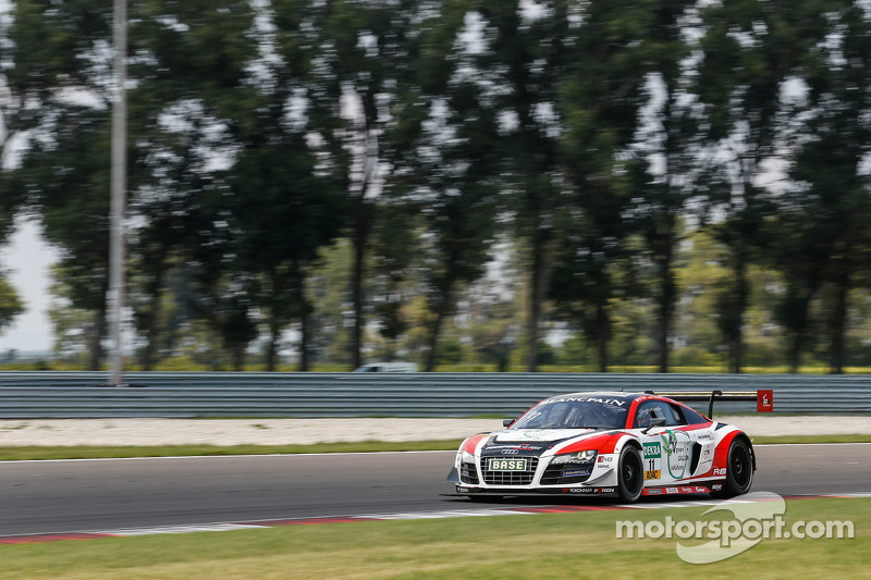 #11 Prosperia C. Abt Racing Audi R8 LMS ultra: Fabian Hamprecht, Nicki Thiim