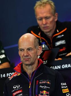 Adrian Newey, Red Bull Racing  Capo Ufficio Tecnico alla conferenza stampa FIA