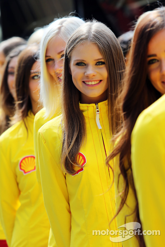 f1-belgian-gp-2014-grid-girls.jpg
