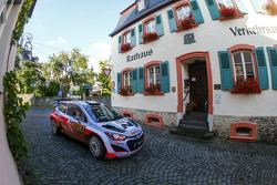 Тьєррі Ньовілль і Ніколя Гілсоул, Hyundai i20 WRC, Hyundai Motorsport
