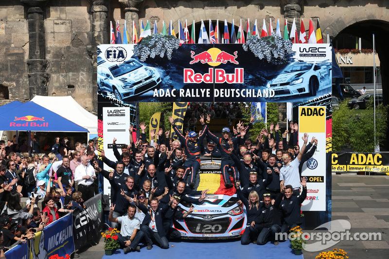 Переможці Тьєррі Невіль і Ніколя Gilsoul, Hyundai i20 WRC, Hyundai Motorsport