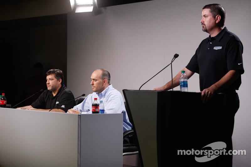 Conferenza stampa Tony Stewart per il suo ritorno alle corse
