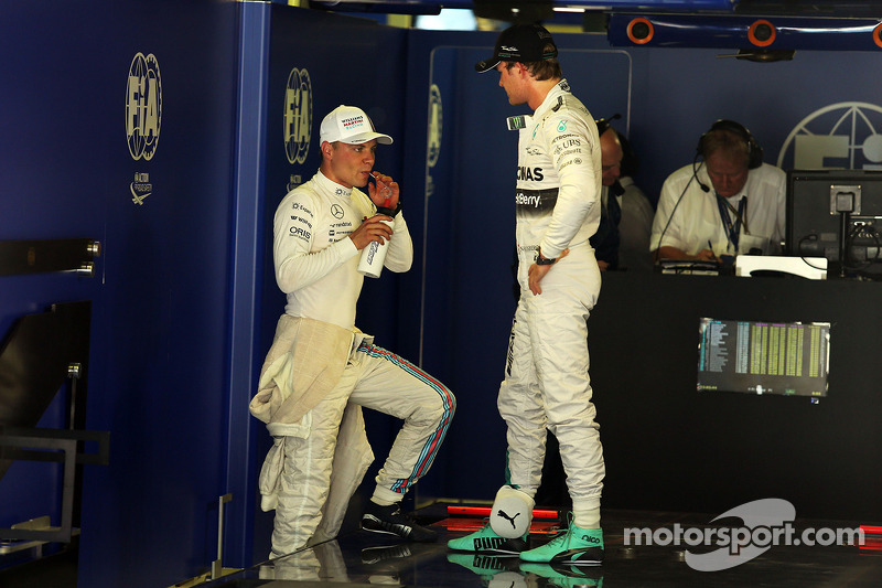 Valtteri Bottas, Williams with Nico Rosberg, Mercedes AMG F1 en parc ferme
