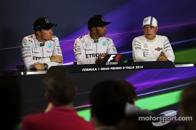 Conferenza stampa della FIA post qualifiche, Nico Rosberg Mercedes AMG F1, secondo; Lewis Hamilton,