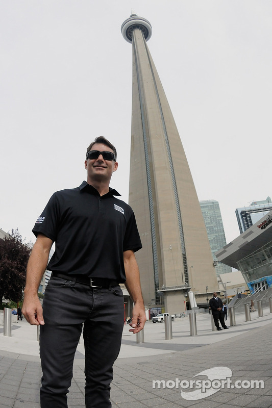 Jeff Gordon, Hendrick Motorsports Chevrolet visita Toronto