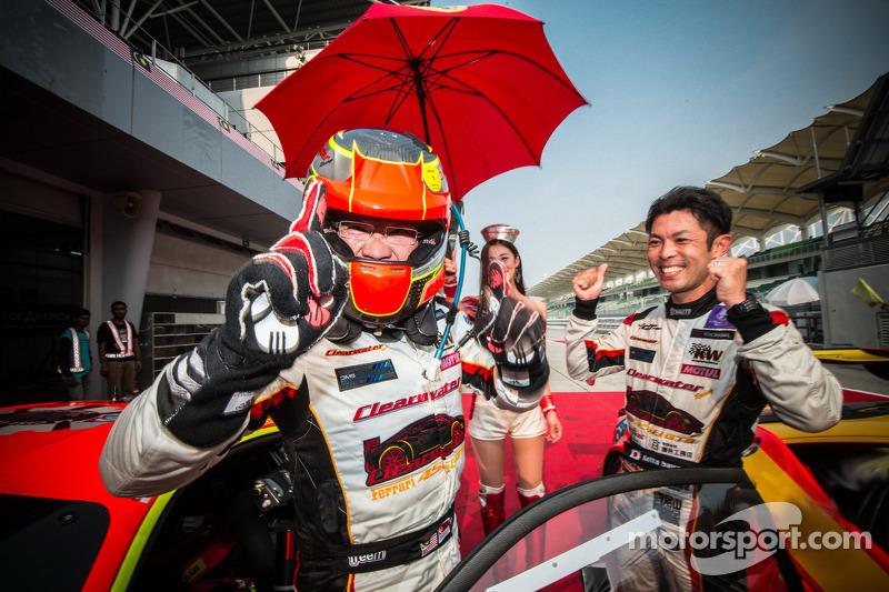 #3 Clearwater Racing Ferrari 458 Italia GT3: Keita Sawa, /Mok Weng Sun