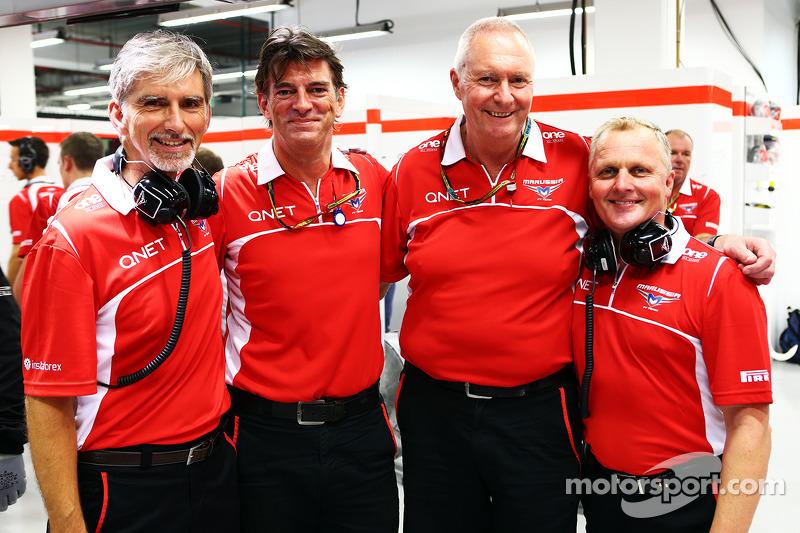 Damon Hill, Sky Sports Sunucusu ve Graeme Lowdon, Marussia F1 Takımı Baş Yöneticisi; John Booth, Mar