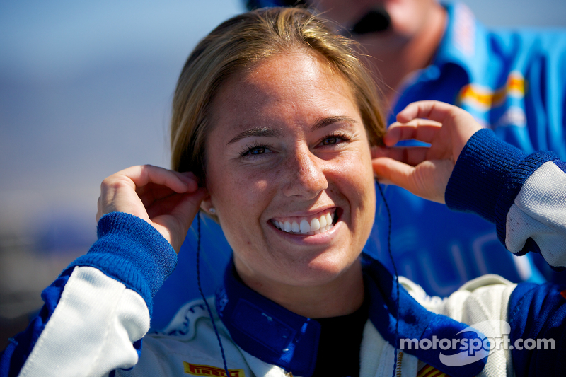 "<img class=""ms-flag-img ms-flag-img_s1"" title=""United States"" src=""https://cdn-4.motorsport.com/static/img/cf/us-3.svg"" alt=""United States"" width=""32"" /> Shea Holbrook, 28 años"