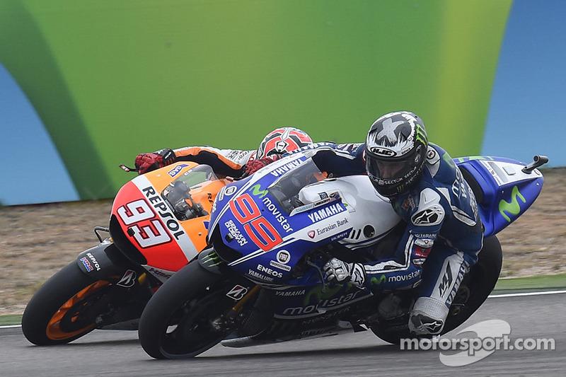 Lorenzo se las tuvo que ver con Márquez para lograr el primer triunfo del año en 2014