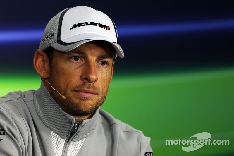 Jenson Button, McLaren alla conferenza stampa FIA