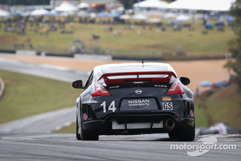#14 Doran Racing 日产 370Z: BJ 扎凯厄斯, 布拉德·贾格尔