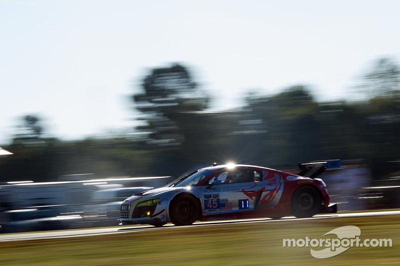 #45 Flying Lizard Motorsports 奥迪 R8 LMS: 尼尔森·卡纳切, 斯潘瑟·庞佩利, 安德鲁·帕默