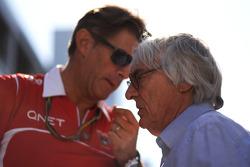 (Da sinistra a destra): Graeme Lowdon, Marussia F1 Team Amministratore Delegato con Bernie Ecclestone