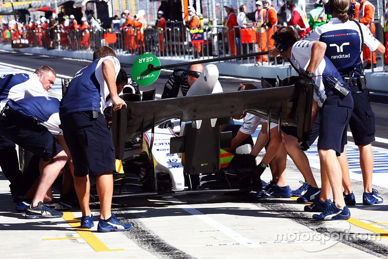 Felipe Massa, Williams FW36 ön kanat değişikliği