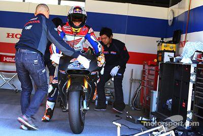 Casey Stoner testa a Honda da MotoGP