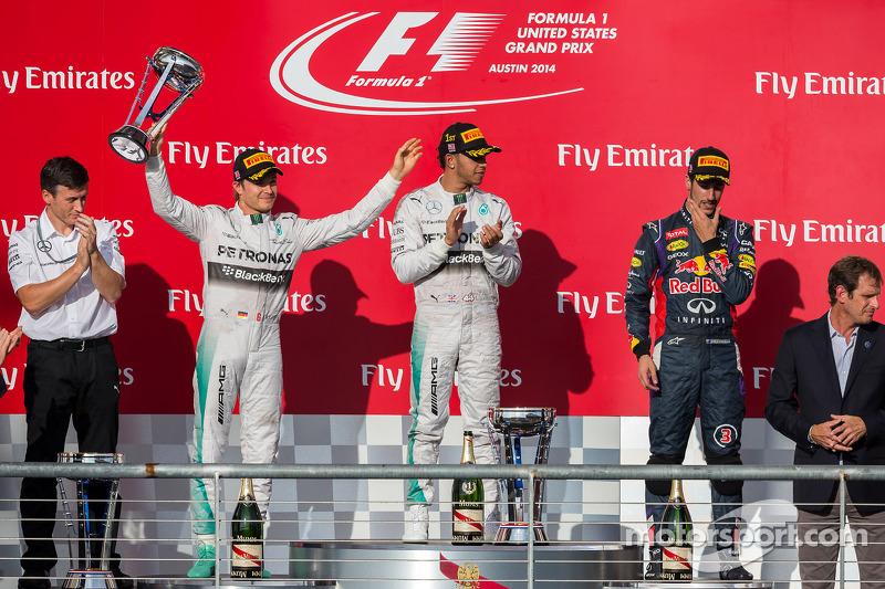 Podium: Nico Rosberg, Mercedes AMG F1, segundo; Lewis Hamilton, Mercedes AMG F1, race El ganador ; D