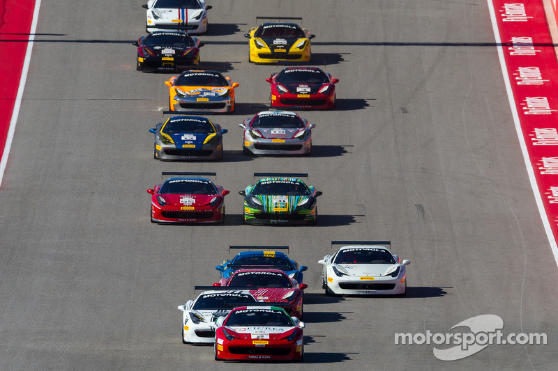 Comienzo: #2 Ferrari de Houston Ferrari 458: Riautodo Perez lidera a