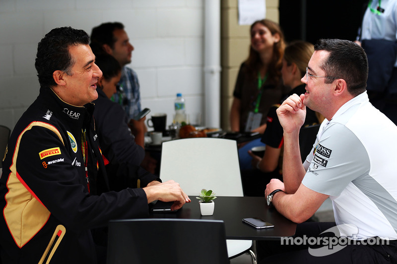 (I a D): Federico Gastaldi,director adjunto de Lotus F1 Team con Eric Boullier, director de McLaren