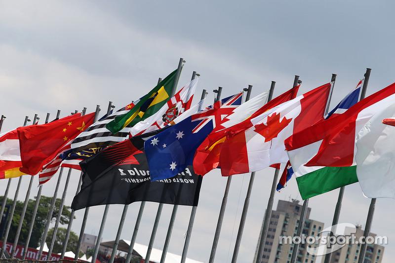 Banderas en Interlagos