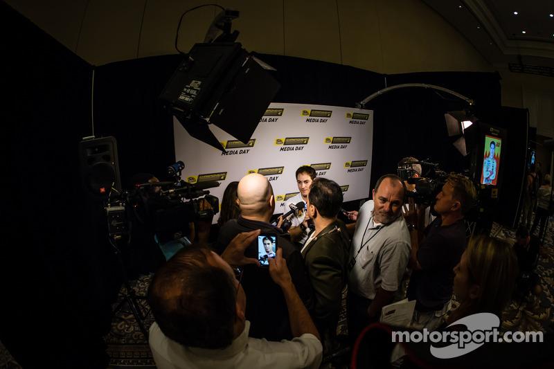 Şampiyona yarışmacıları Basın konferansı: Joey Logano, Penske Ford Takımı