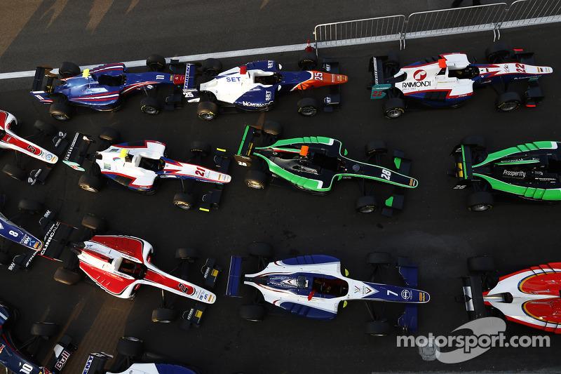 Auto GP3 nel Parco chiuso