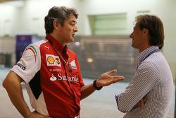 (从左至右): 马可·马蒂亚奇, 法拉利 车队领队 与 丹尼·巴哈尔