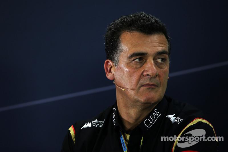 Federico Gastaldi, director adjunto de Lotus F1 Team, en la conferencia de prensa
