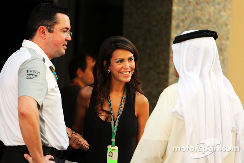 Eric Boullier Mclaren Racing Director With His Wife
