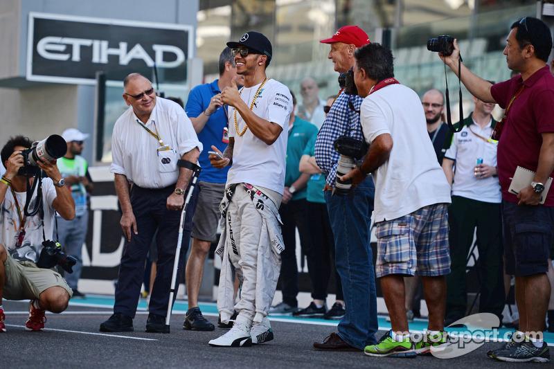 Льюис Хэмилтон. ГП Абу-Даби, Воскресенье, перед гонкой.
