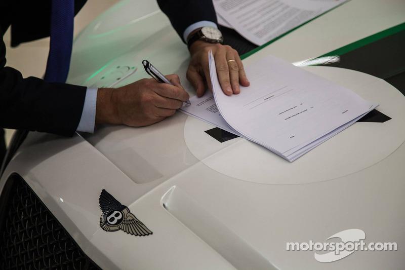 HTP Motorsport manejarán al Bentley Continental GT3 en 2015