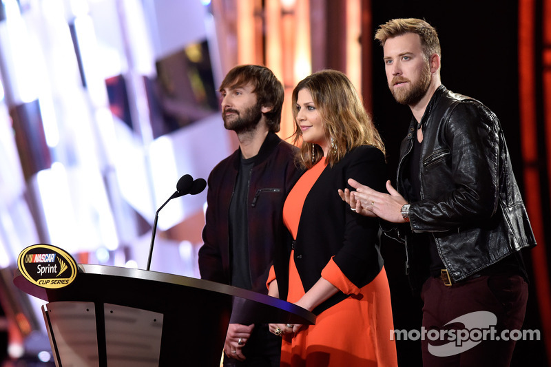 Dave Haywood, Hillary Scott, and Charles Kelley of Lady Antebellum
