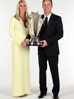 Kevin Harvick, Stewart-Haas Racing, campeão de 2014, com a esposa DeLana Harvick