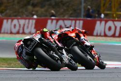 Lorenzo Savadori, Milwaukee Aprilia, Chaz Davies, Aruba.it Racing-Ducati SBK Team