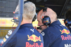 Adrian Newey, Red Bull Racing on the Red Bull Racing pit wall gantry