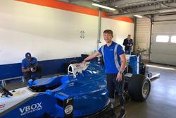 Billy Monger F1 testing
