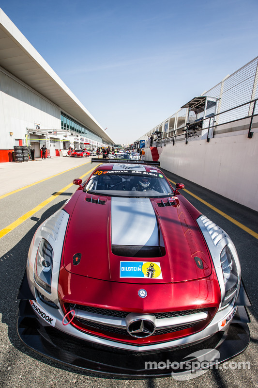 #30 Ram Racing, Mercedes SLS AMG GT3: Cheerag Arya, Thomas Jäger, Tom Onslow-Cole, Adam Christodoulo