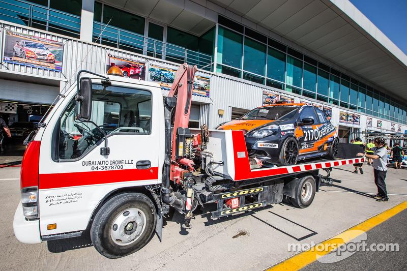 #217 Modena Motorsports, Renault X-85 Cup auf dem Abschleppwagen zurück in der Boxengasse