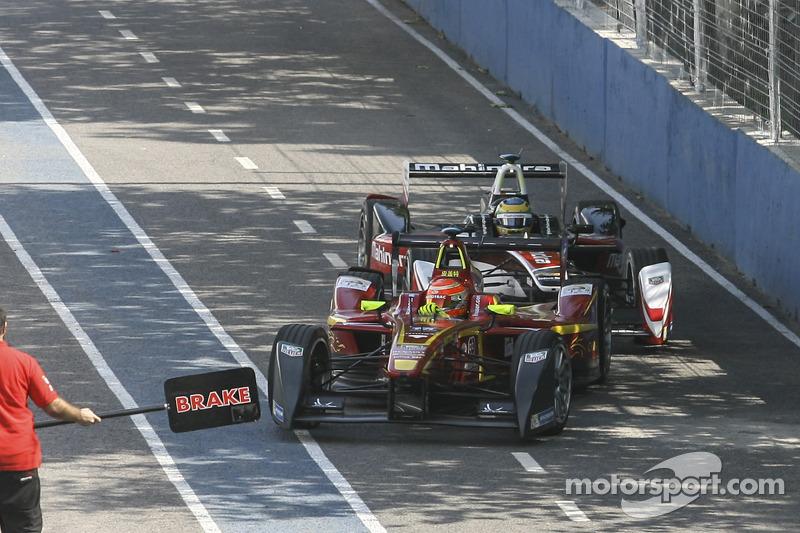 Nelson Piquet Jr., China Racing