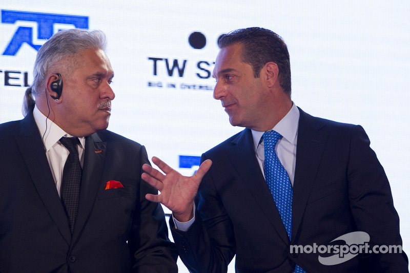 Dr. Vijay Mallya, Sahara Force India F1, Teambesitzer, und Carlos Slim, Vorsitzender von America Movil