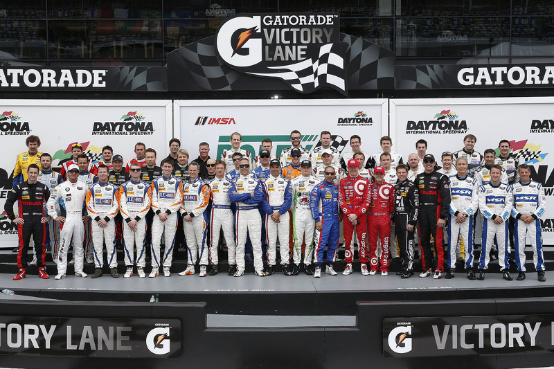 Past winners and champions group photo