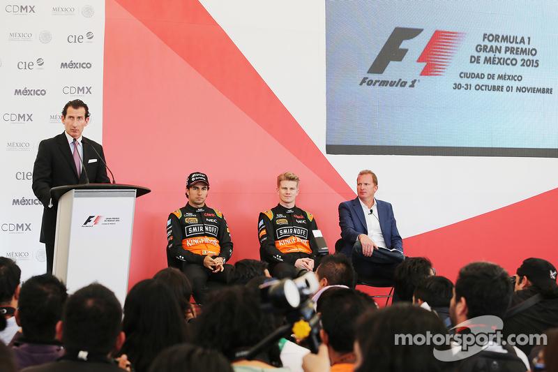 Sergio Perez, Sahara Force India F1, mit Teamkollege Nico Hülkenberg, Sahara Force India F1