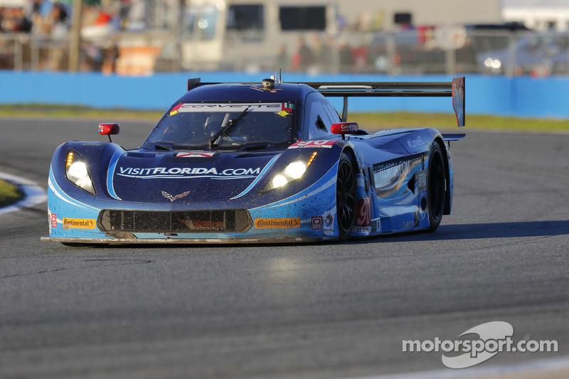 #90 VisitFlorida.com Racing Corvette DP: Richard Westbrook, Michael Valiante, Mike Rockenfeller, Guy