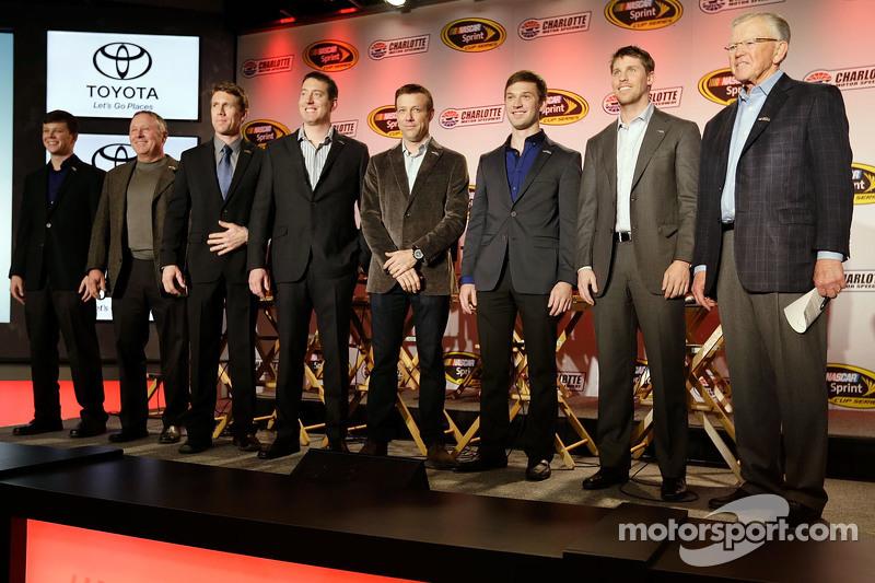 Teambesitzer Joe Gibbs, Denny Hamlin, Kyle Busch, Matt Kenseth, Carl Edwards