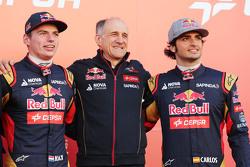 (L to R): Max Verstappen, Scuderia Toro Rosso; Franz Tost, Scuderia Toro Rosso Team Principal; and C