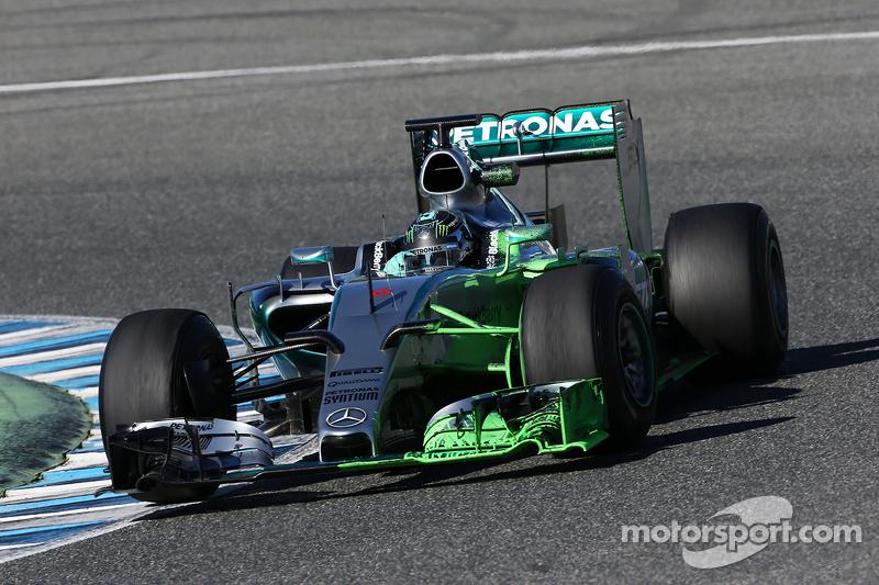 Nico Rosberg, Mercedes AMG F1 W06, fährt mit Flow-Viz-Farbe