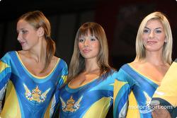 Corona girls