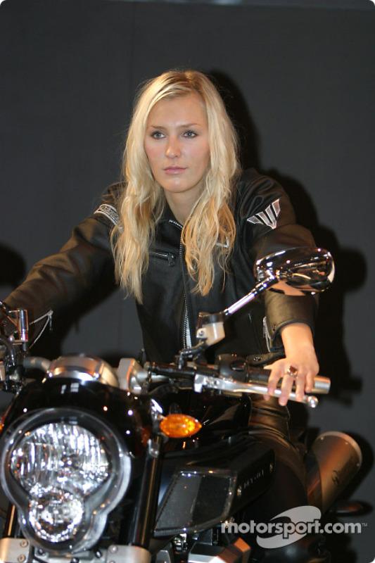 Une Yamaha Girl